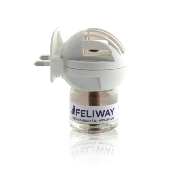 Feliway Diffuser Complete with 48ml Vial 2